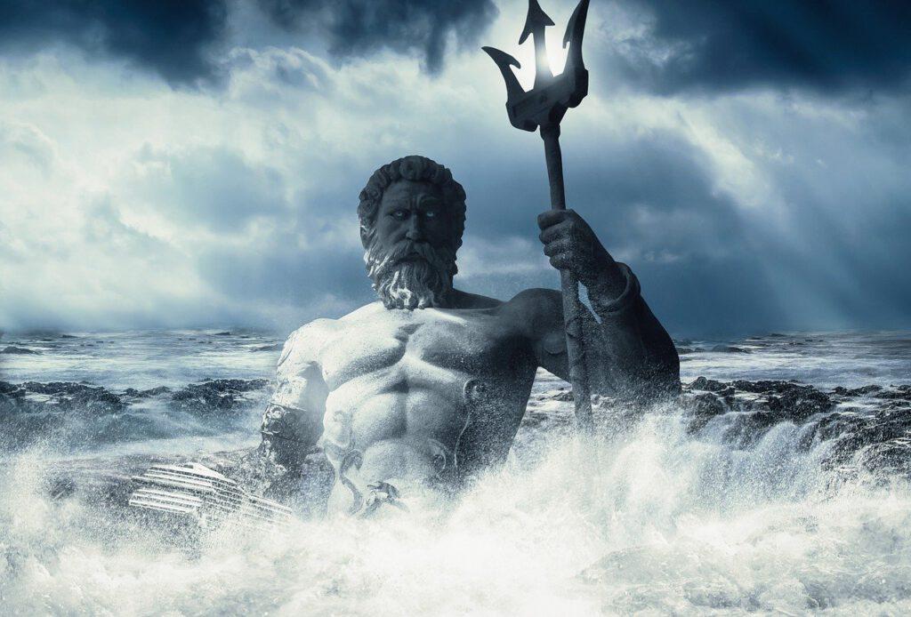 Poseidon/Neptun taucht mit Dreizack aus den Fluten auf
